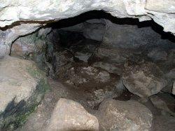 Змеиная пещера в Крыму